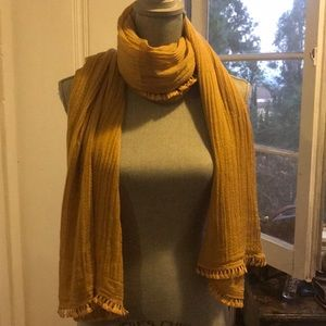 Vince Camuto scarf